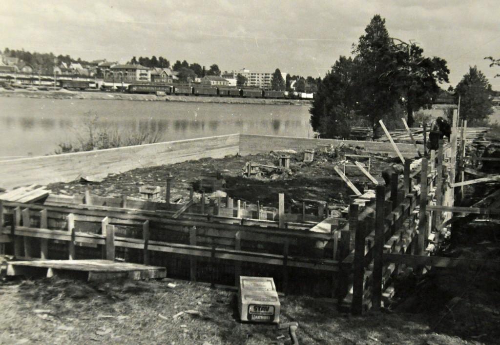 Hamar Roklub grunnmuren til nybygget under bygging 1981
